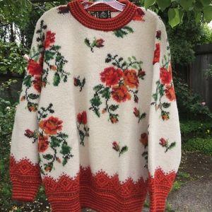 100% Alpaca Sweater